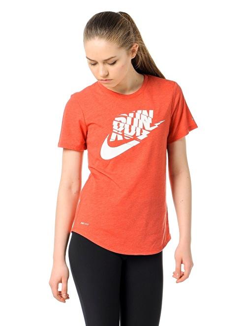 Nike Bisiklet Yaka Baskılı Tişört Kırmızı